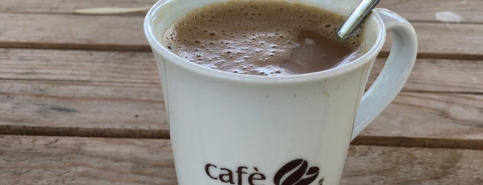 kristal Cafe Çardaklar is one of Lieux qui ont plu à Nihat.