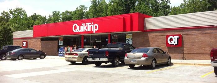 QuikTrip is one of Orte, die Aisling gefallen.
