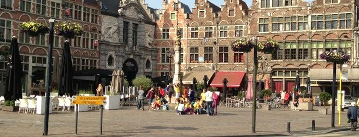 Sint-Veerleplein is one of Posti che sono piaciuti a Arsentii.