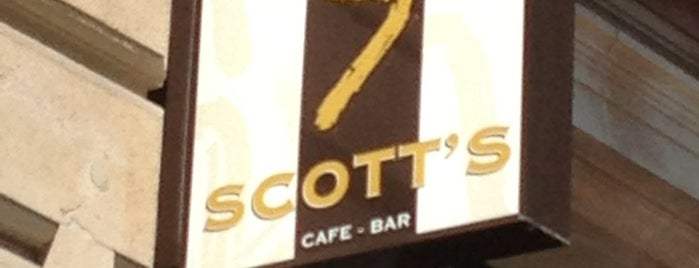 Scott's Bar is one of Tempat yang Disukai Alfonso.
