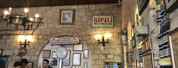 Rumeli Pastanesi is one of Lieux qui ont plu à Orkun.