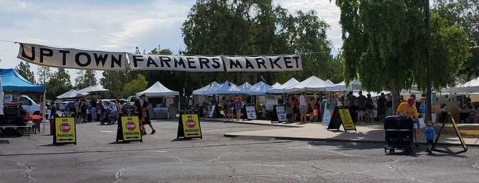 Uptownfarmers Market is one of Lugares favoritos de Barry.