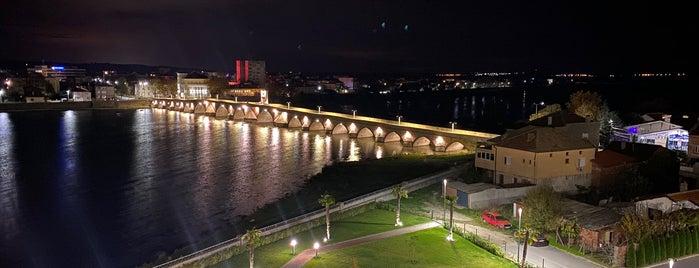 Merit Mosta Casino & Hotel is one of สถานที่ที่ Gökhan ถูกใจ.