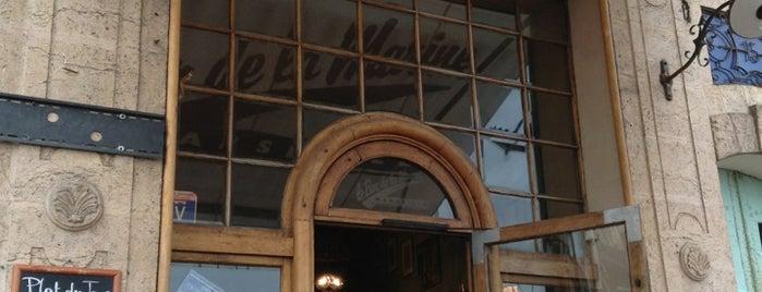 Bar de la Marine is one of Posti che sono piaciuti a Raïssa.