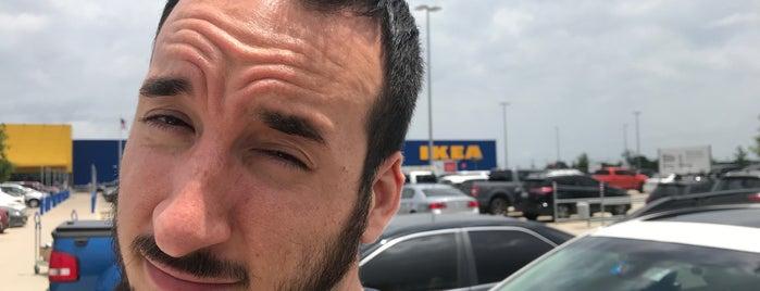 IKEA is one of Posti che sono piaciuti a Adam.