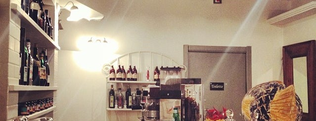 Marina Di Nisida is one of MILANO EAT & SHOP.
