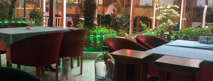 Garden Mezze is one of Posti che sono piaciuti a Mary.