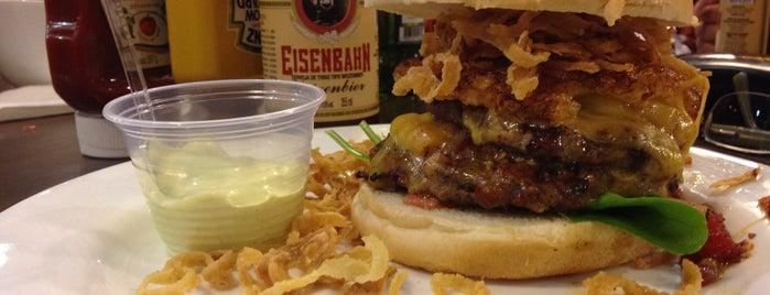 Pepper Burger is one of Locais curtidos por Fausto.