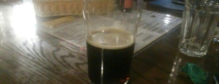 Black Wood Pub is one of Сергей : понравившиеся места.
