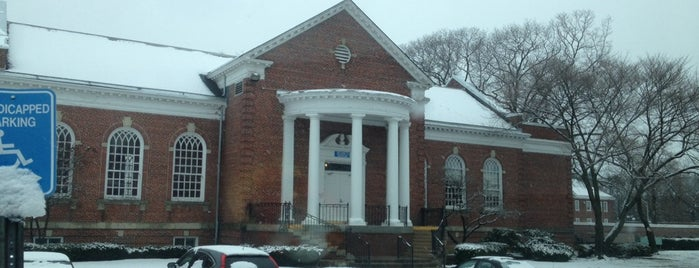 Northport VA Building 5 is one of Montanaさんのお気に入りスポット.