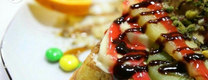 Hosh Waffle is one of gurme'nin Beğendiği Mekanlar.