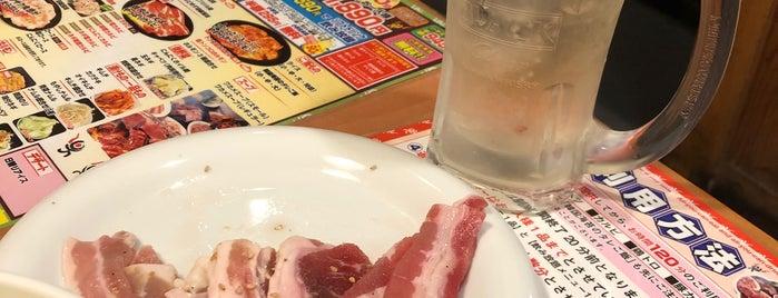牛繁 五反田店 is one of Tempat yang Disukai 高井.