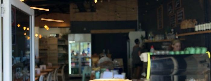 Salty Joe's is one of Lieux qui ont plu à Marcus.
