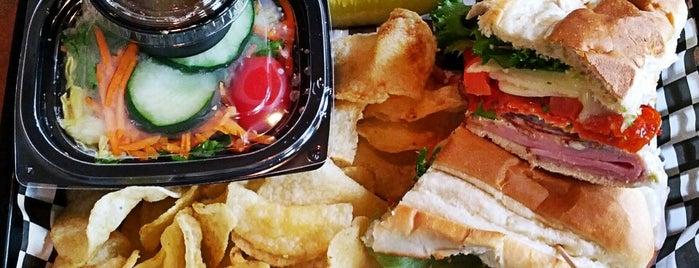 Big Oak Cafe is one of Posti che sono piaciuti a Brett.