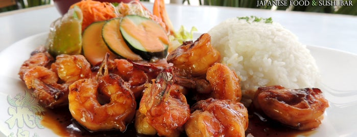 Asuka Japanese Food & Sushi Bar is one of De viaje! :3.