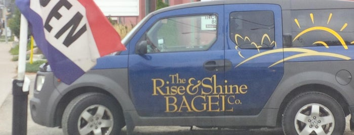 The Rise & Shine Bagel Company is one of Locais salvos de Shauna.