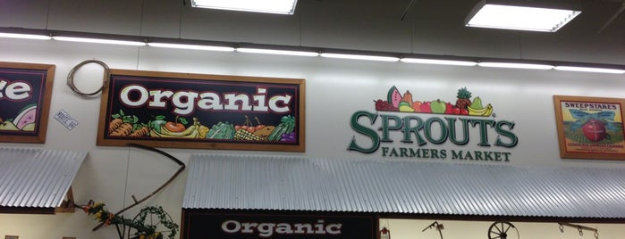 Sprouts Farmers Market is one of Ryanさんのお気に入りスポット.