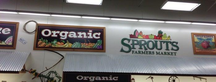 Sprouts Farmers Market is one of Lugares favoritos de Ryan.