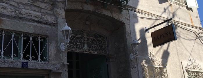 La Peña is one of Izmir.