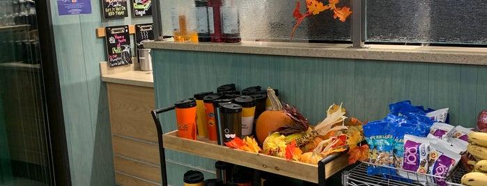 Caribou Coffee & Einstein Bagels is one of Lugares favoritos de Stephen.