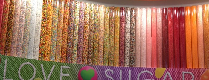 I Love Sugar is one of Orte, die Dawn gefallen.