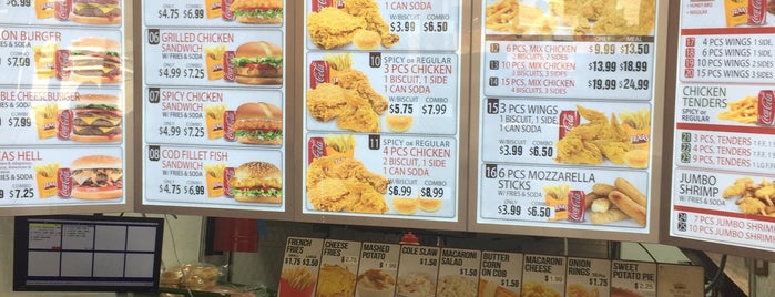texas chicken and burgers is one of Marcさんのお気に入りスポット.