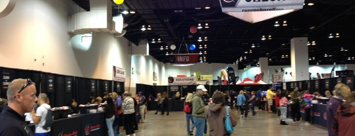 Rock n' Roll Denver: Health and Fitness Expo is one of สถานที่ที่ Stacia ถูกใจ.