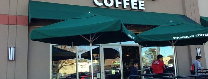 Starbucks is one of Tempat yang Disukai Kristen.