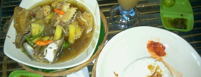 Daoen Sirih Food Garden is one of Hnmn.