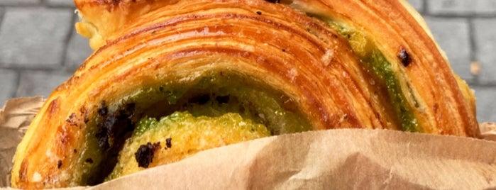 La Boulangerie Saint-Michel is one of สถานที่ที่ Mateusz ถูกใจ.