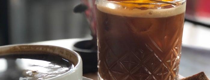 Paper Roasting Coffee & Chocolate is one of (((ekin))) 님이 좋아한 장소.