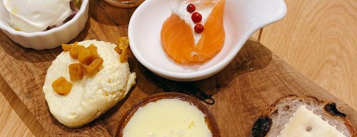 Takanashi Milk Restaurant is one of 神奈川ココに行く! Vol.14.