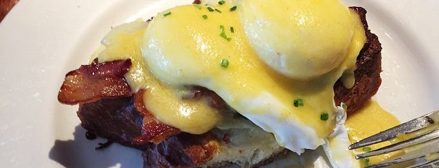 Elephant & Castle is one of NYC's Best Eggs Benedict Dishes.