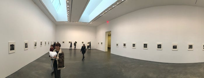 David Zwirner Gallery is one of June 2013 Chelsea Art Gallery Tour.