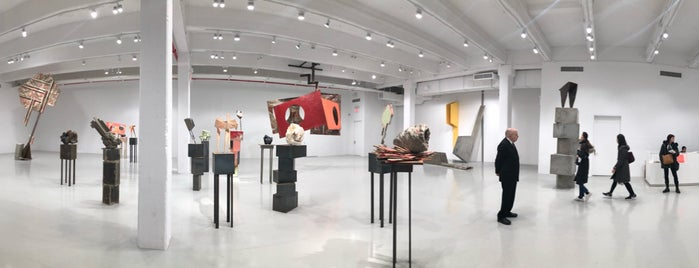 Hauser & Wirth is one of GEMS.