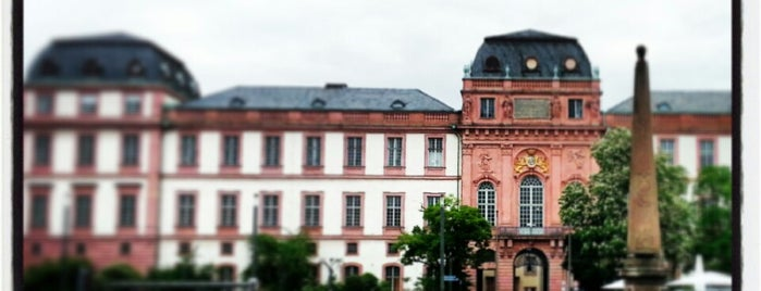 Schloss Darmstadt is one of Darmstadt - must visit.