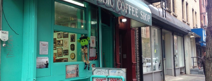 Classic Coffee Shop is one of manhattan.
