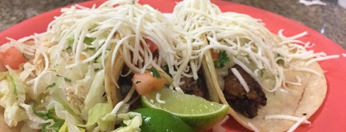 Tacos Al Carbon is one of Posti che sono piaciuti a Liza.
