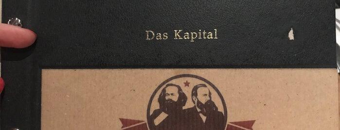 Marx und Engels Köln is one of Christine'nin Kaydettiği Mekanlar.