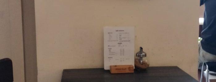 Café Erde is one of Sylvain: сохраненные места.