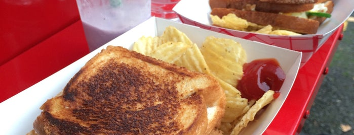 The Grilled Cheese Grill is one of Beaverton/Portland Food Trucks.