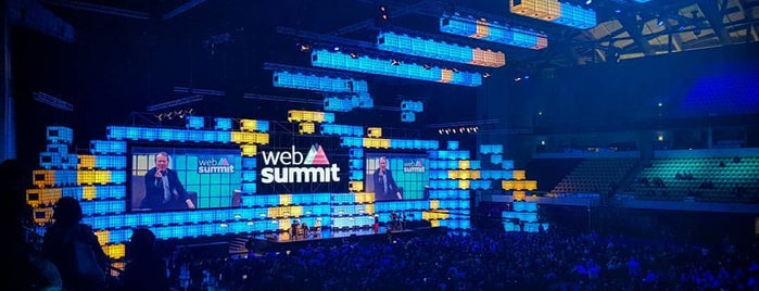 Web Summit is one of Orte, die Marta gefallen.
