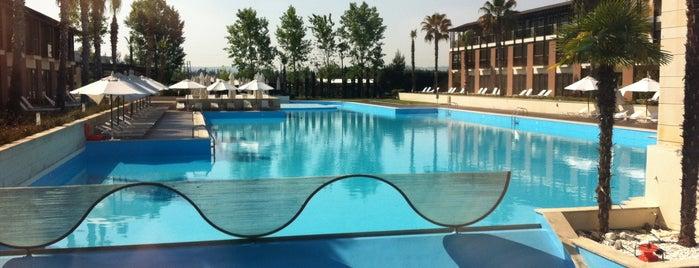 Hotel Nikopolis Thessaloniki is one of Posti che sono piaciuti a Chara.