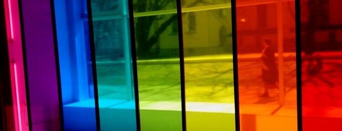 Kunstihoone Galerii is one of LoVe in TALLin.