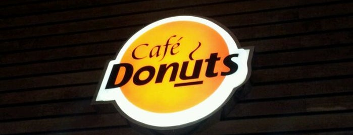 Café Donuts is one of Shopping Estação.