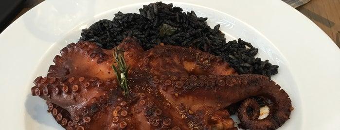 La Ocho Restaurante is one of Posti che sono piaciuti a Leopoldo.