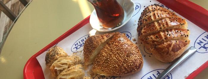 Cafe Petrol Fırın (GÜLTEPE) is one of Omur Akkor.