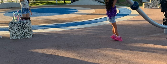 Regatta Park is one of Miami Activities.
