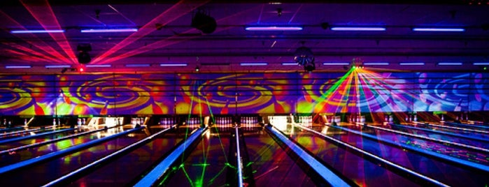 Oak Hills Lanes is one of Stacey Worthy Places in S.A..