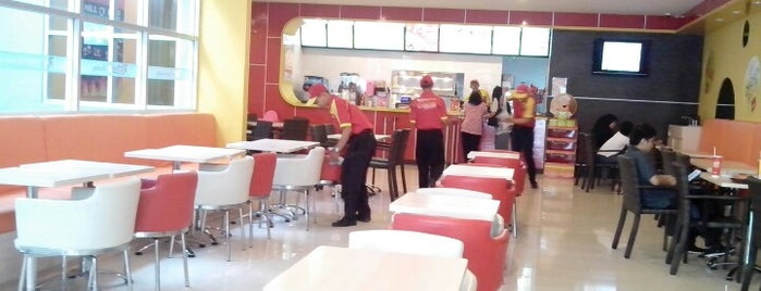 Richeese Factory is one of Via's.